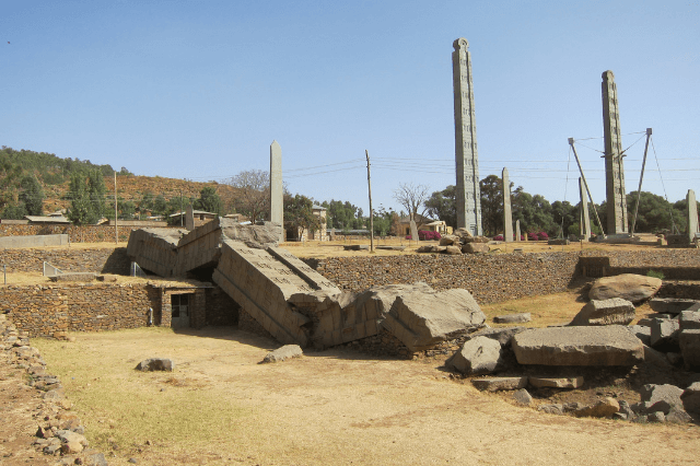 Aksum, Säulen