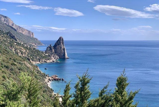 Selvaggio Blu Sardinien am Wasser