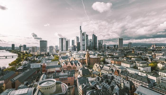 Helikopter view van Frankfurt