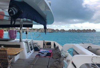 polinesia catamarano