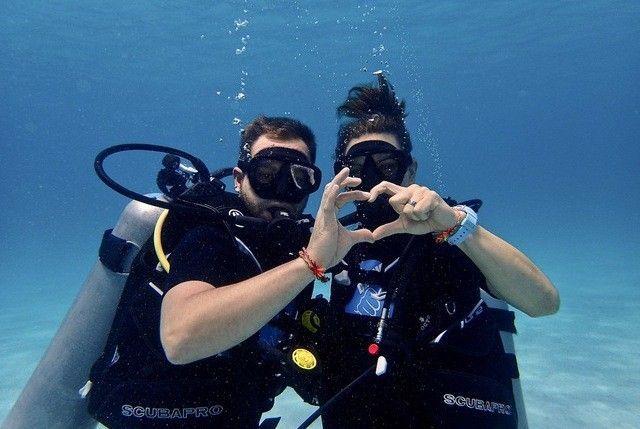 Taucher Unterwasser in Phuket