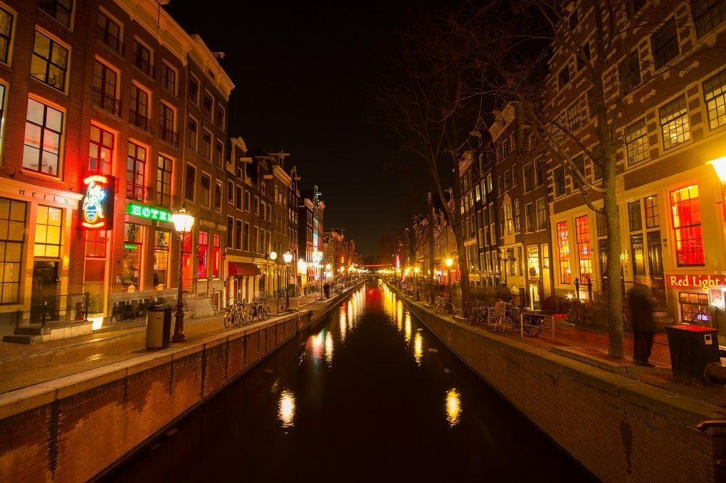 Quartier rouge canaux amsterdam