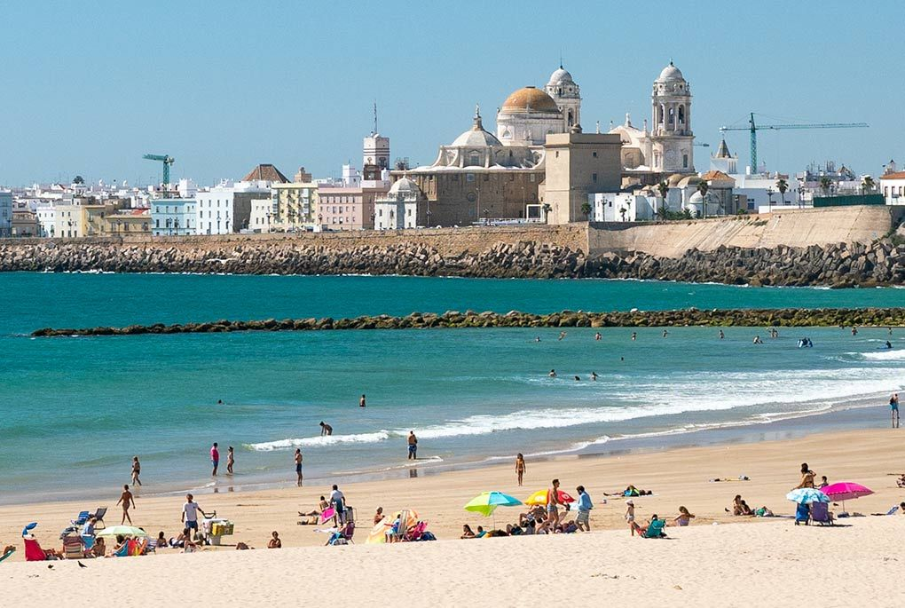 Beach and old city of Cadiz