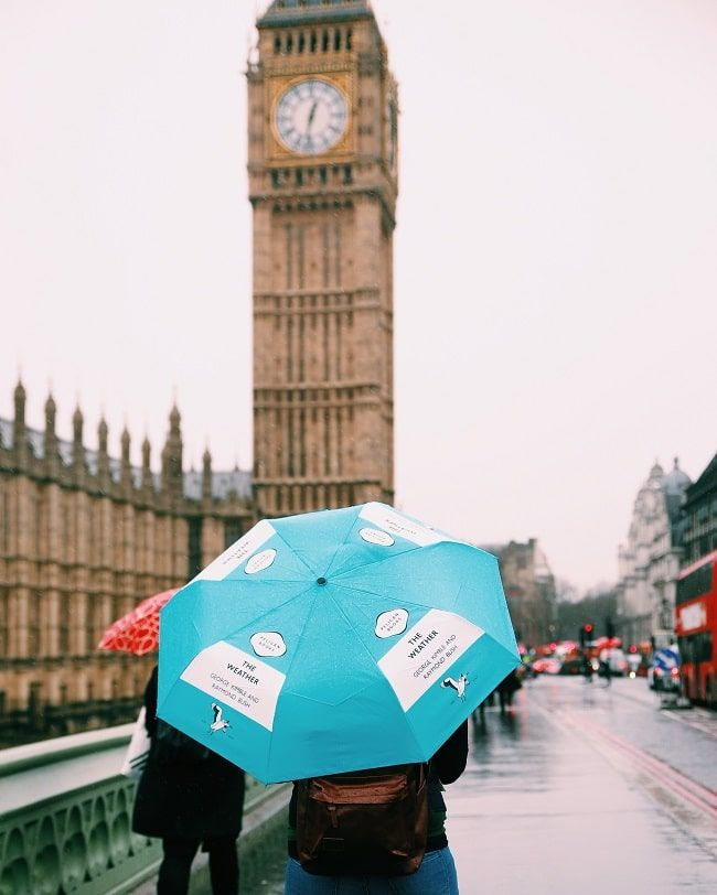 Big Ben in de regen