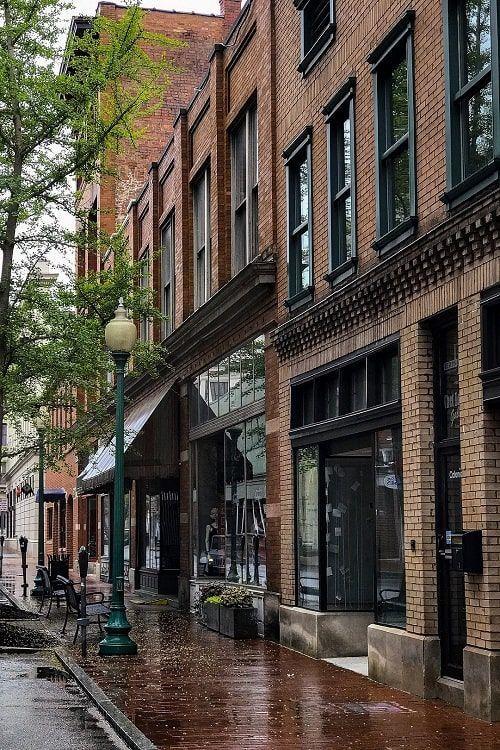 Charleston Rue