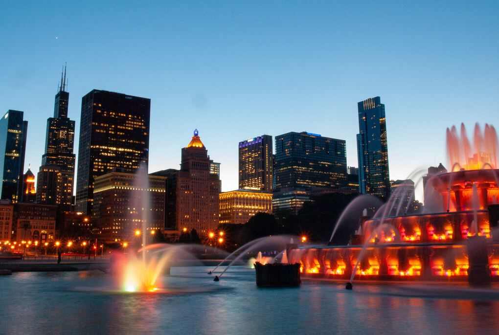 Things to Do in Chicago - Grant Park Buckingham Memorial Fountain