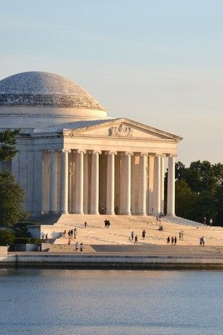 Kid Friendly Things to Do in DC - Tidal Basin Paddleboat