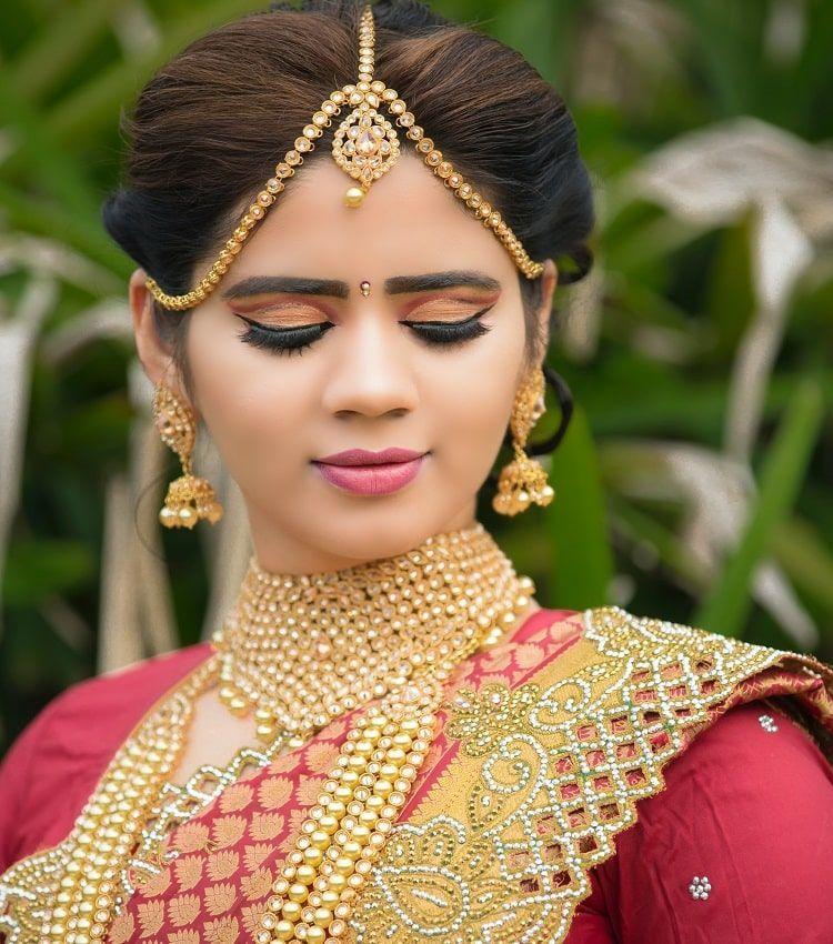 Femme Indienne Bijoux