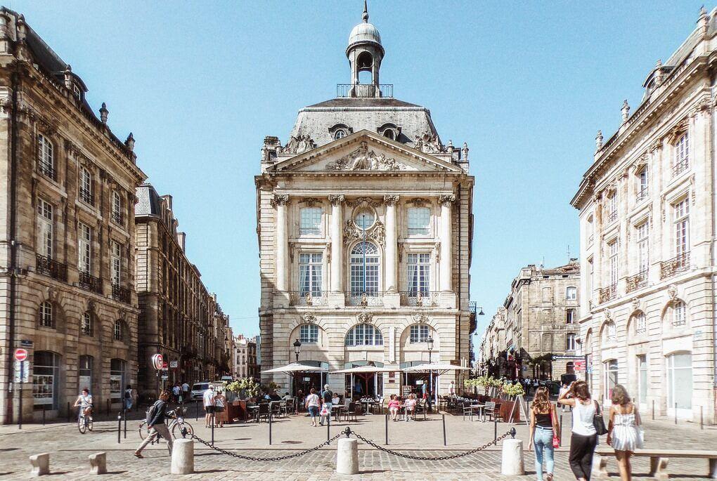 Bordeaux historical buildings