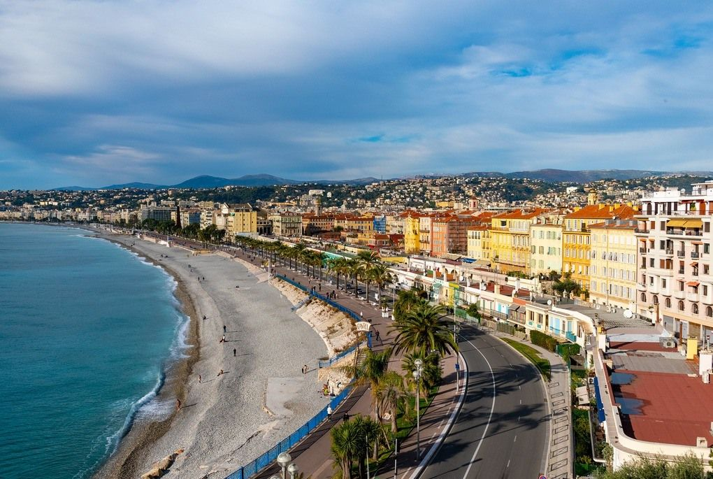 Birds eye view of the beach at Nice