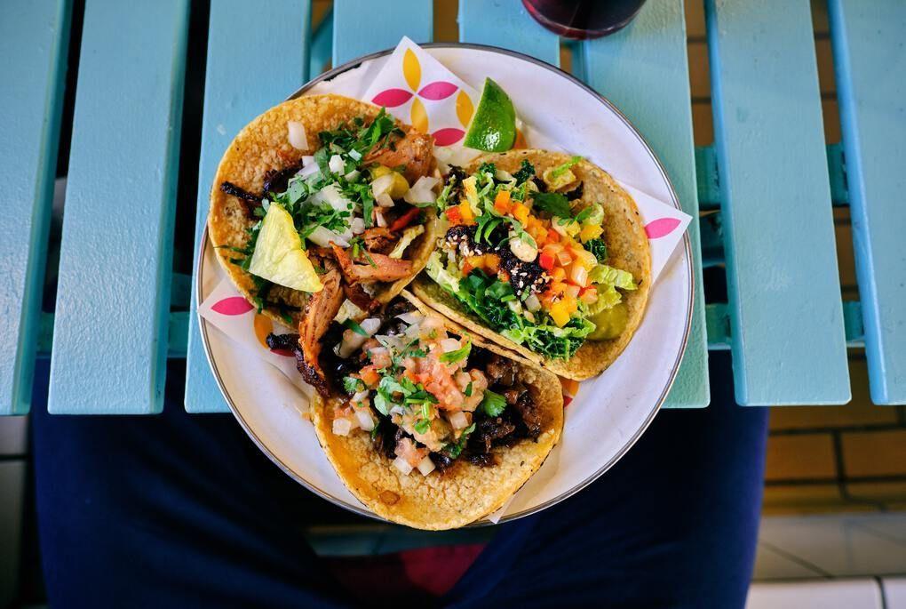 Street tacos under $4