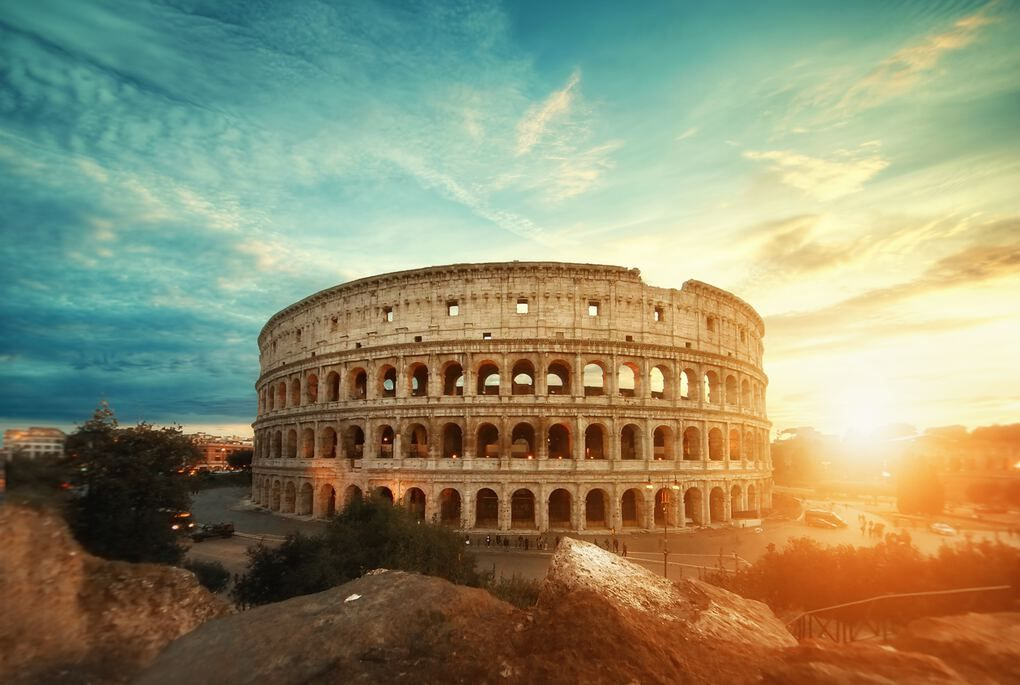 Italy Travel Tips - Rome Colosseum