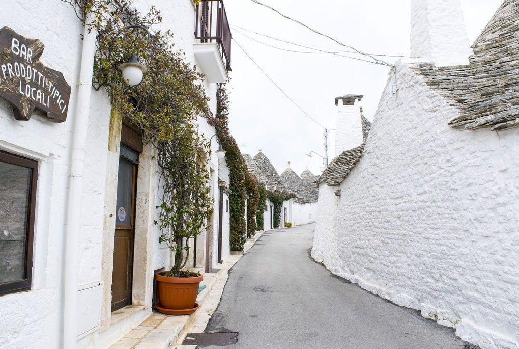 Puglia Alberobello Trulli