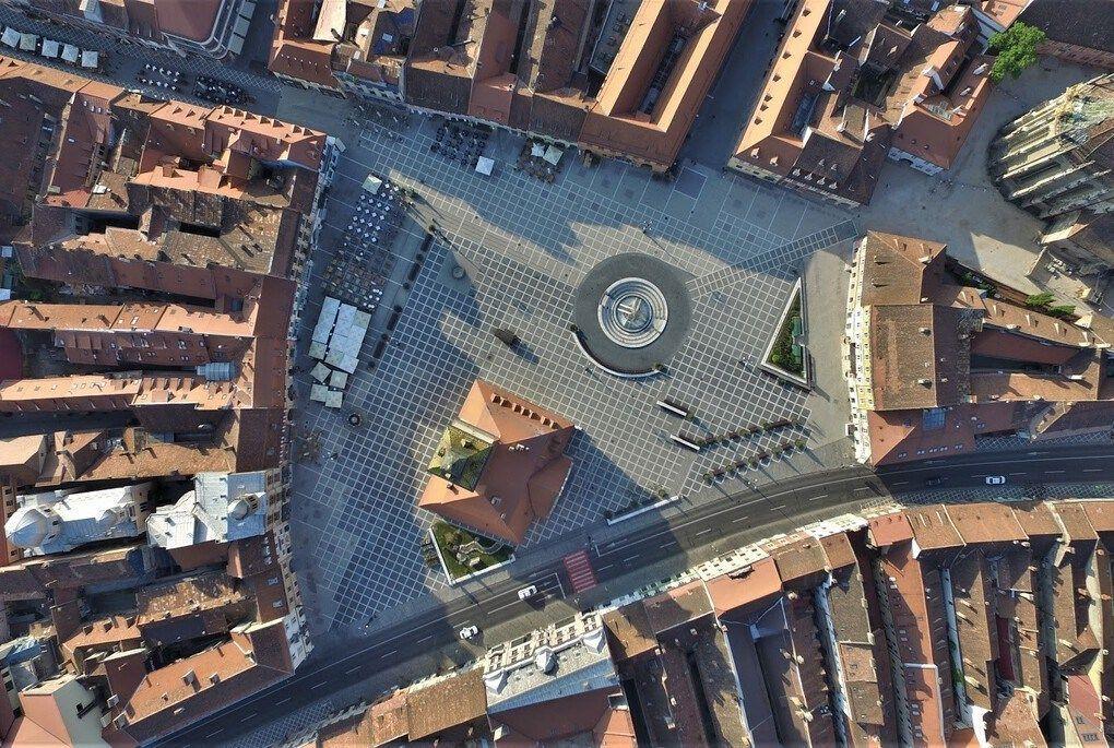 Brasov - Vista Aerea Piazza del Concilio