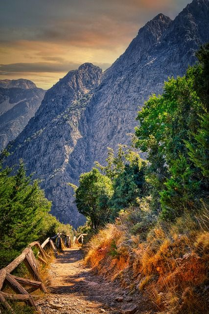 Trek through Samaria Gorge