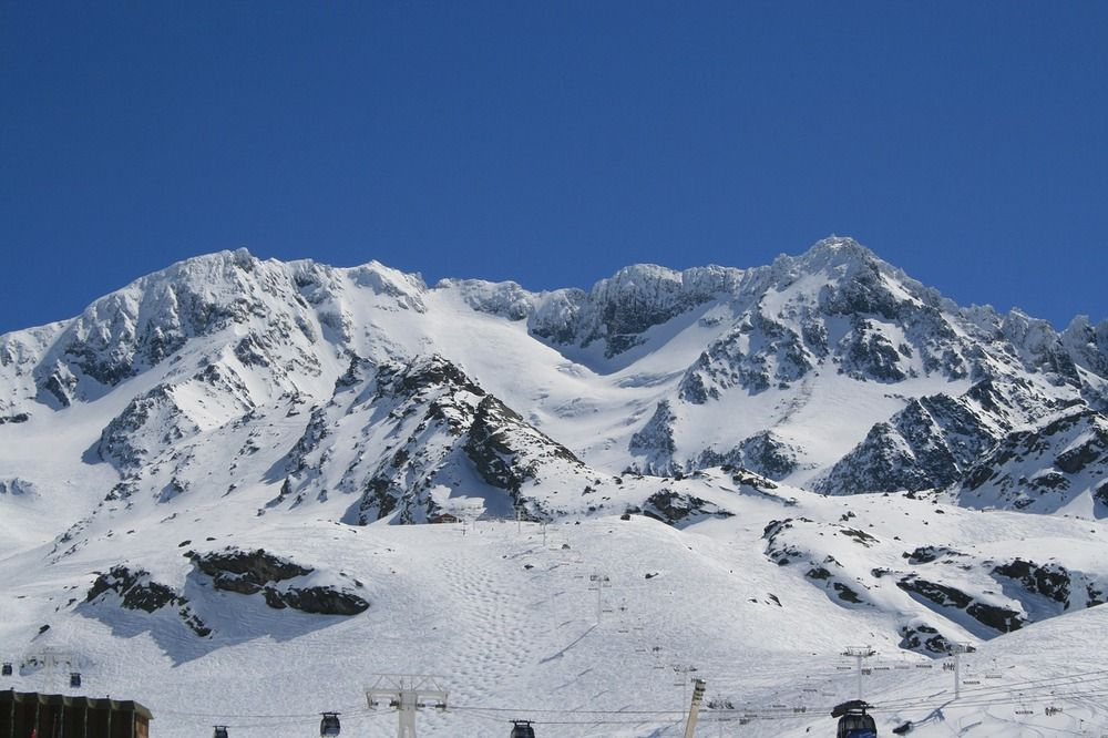Go skiing in Val Thorens