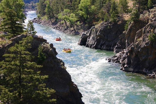 Rafting in Yellowstone National Park